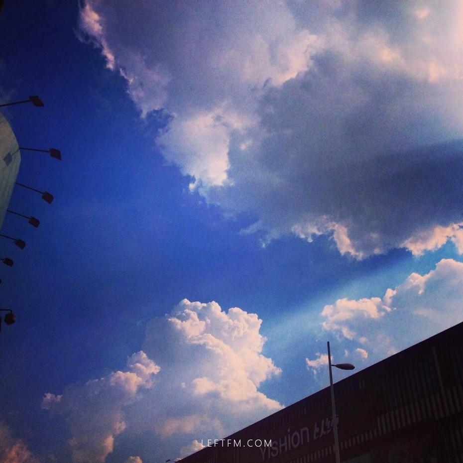 坐看云起时