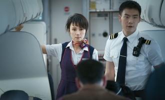 中国机长:叙事结构略显底盘过大